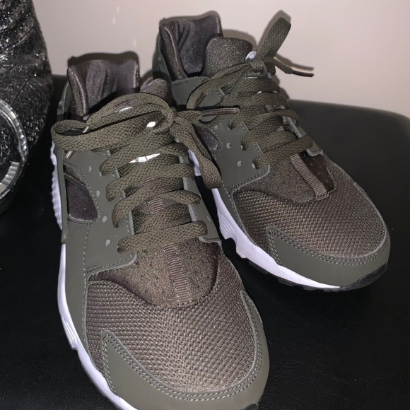 big sale 01d9f 739bc Forest green huaraches